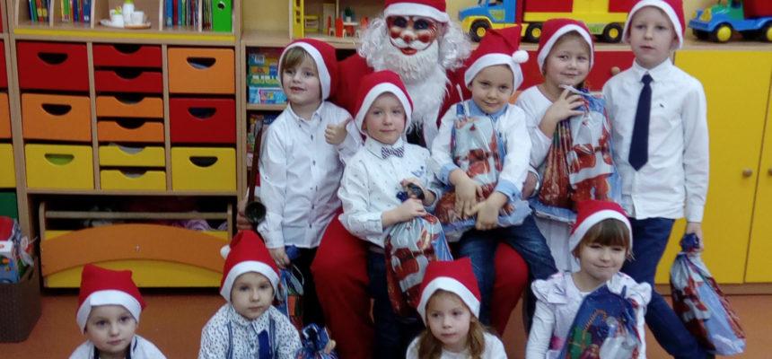 Grudzień przedszkolaków w Dąbrowie