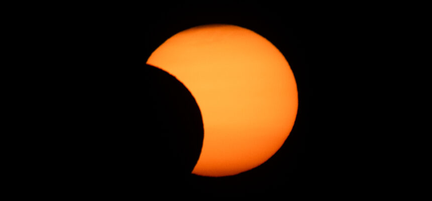 Obserwacje częściowego zaćmienia Słońca